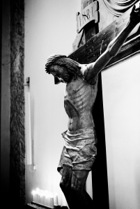 1373431_jesus_christ_crucified